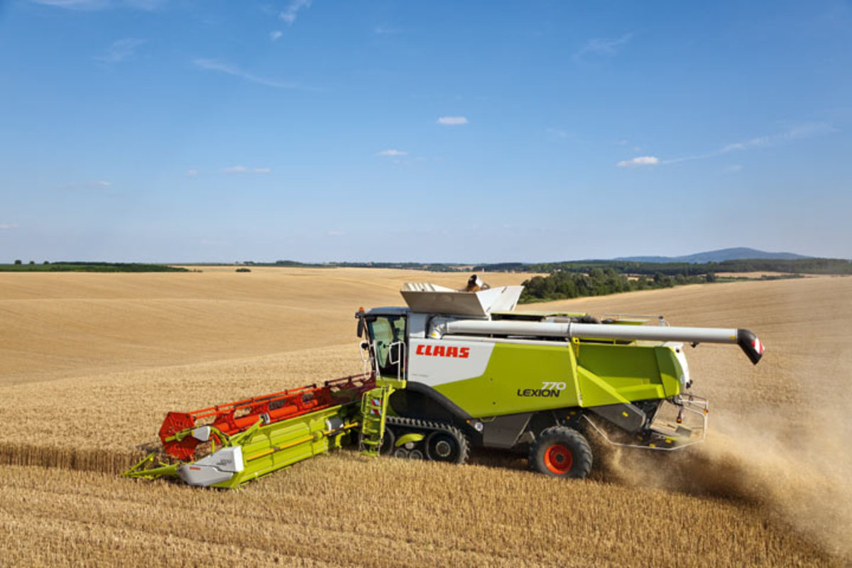 A CLAAS combine Harvester. CLAAS is one of the leading combine manufacturer. It is a German MNC in the business of combine harvesters since almost 100 years.