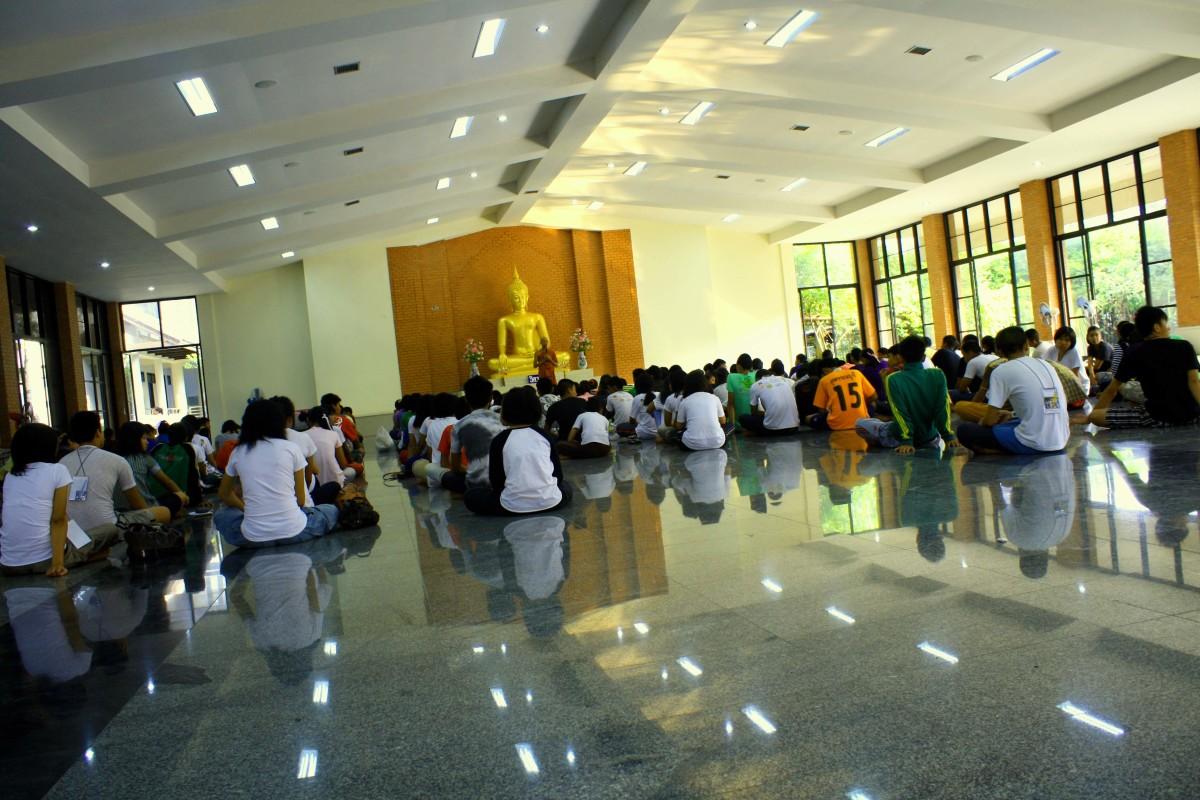 Meditation is important Buddhist ritual