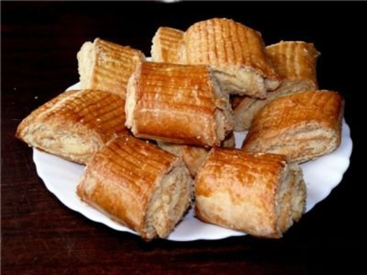 Armenian pastry traditional gata hubpages for Armenian cuisine book
