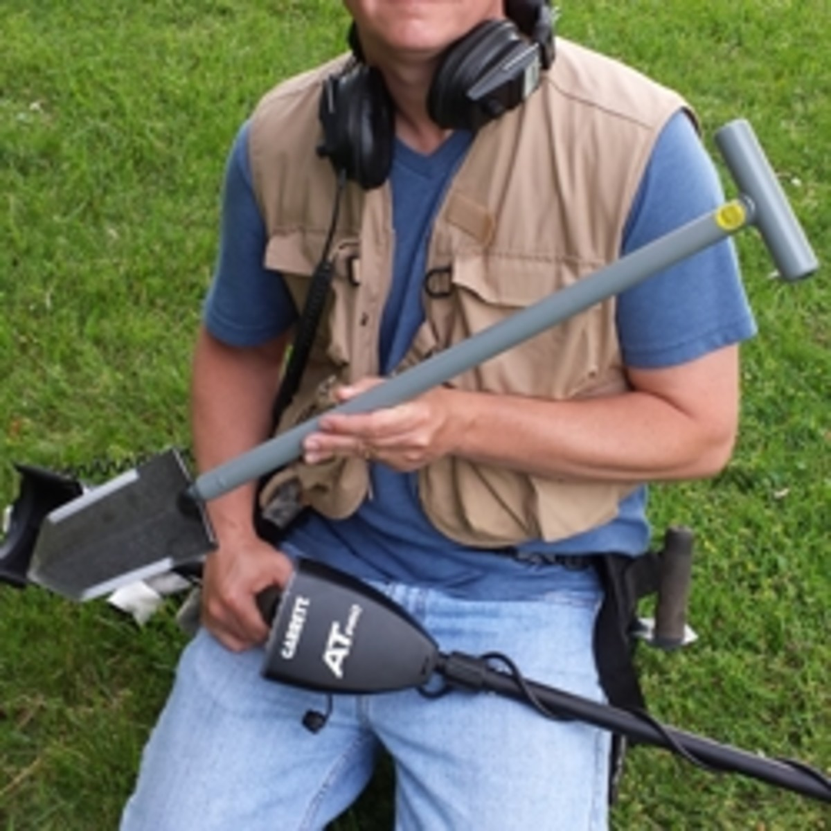a-lesche-digging-tool-is-a-must-for-any-metal-detectorist