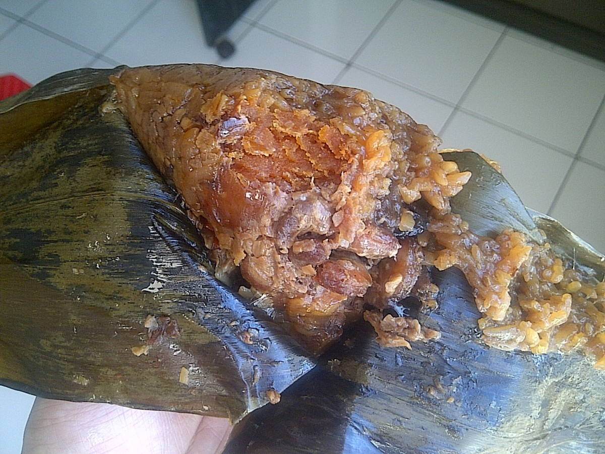 Zong zi, Wrapped in bamboo leaves. Fillings salted egg, roasted pork, red bean, chestnut.
