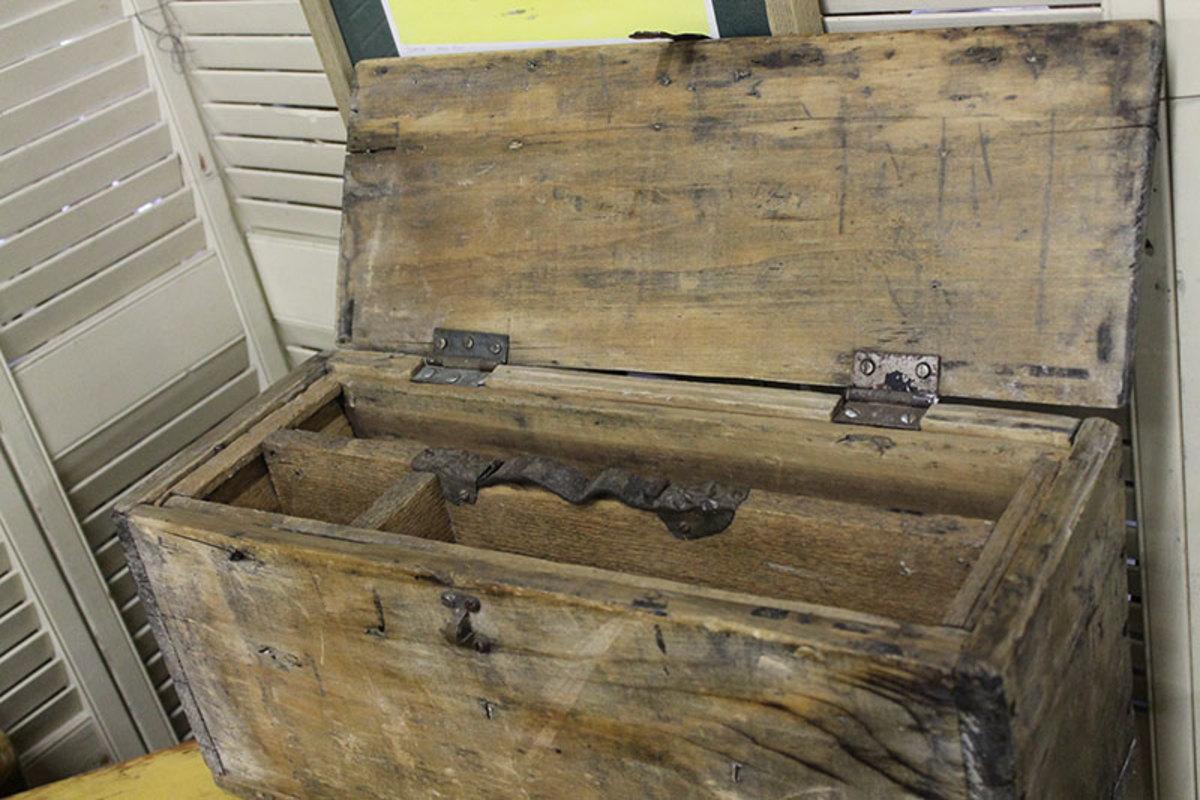 Wooden tool carpenter tool box