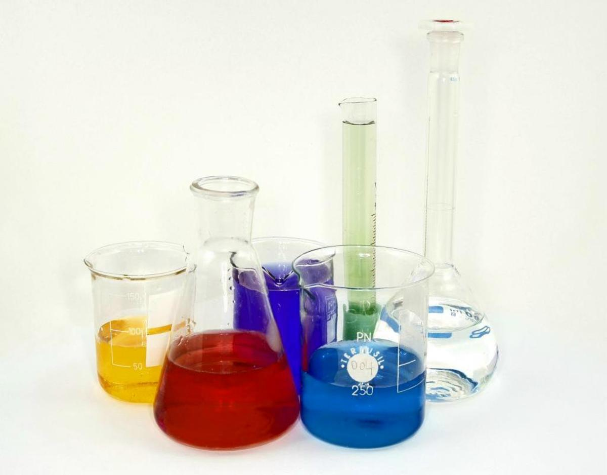 rules-for-laboratory-safety-including-safety-with-chemicals-apparatus-and-more