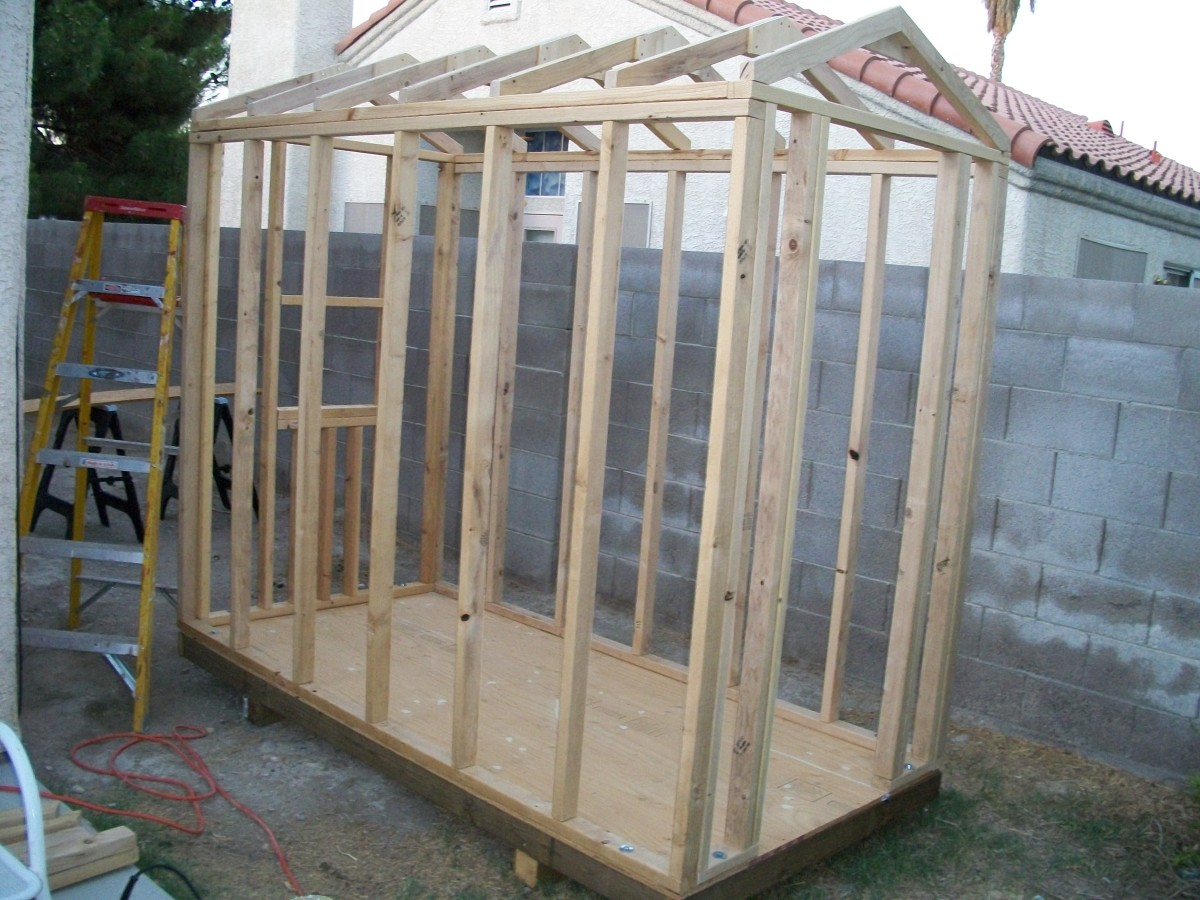 Framing the Roof for a Shed Style Dog House with Air Conditioning