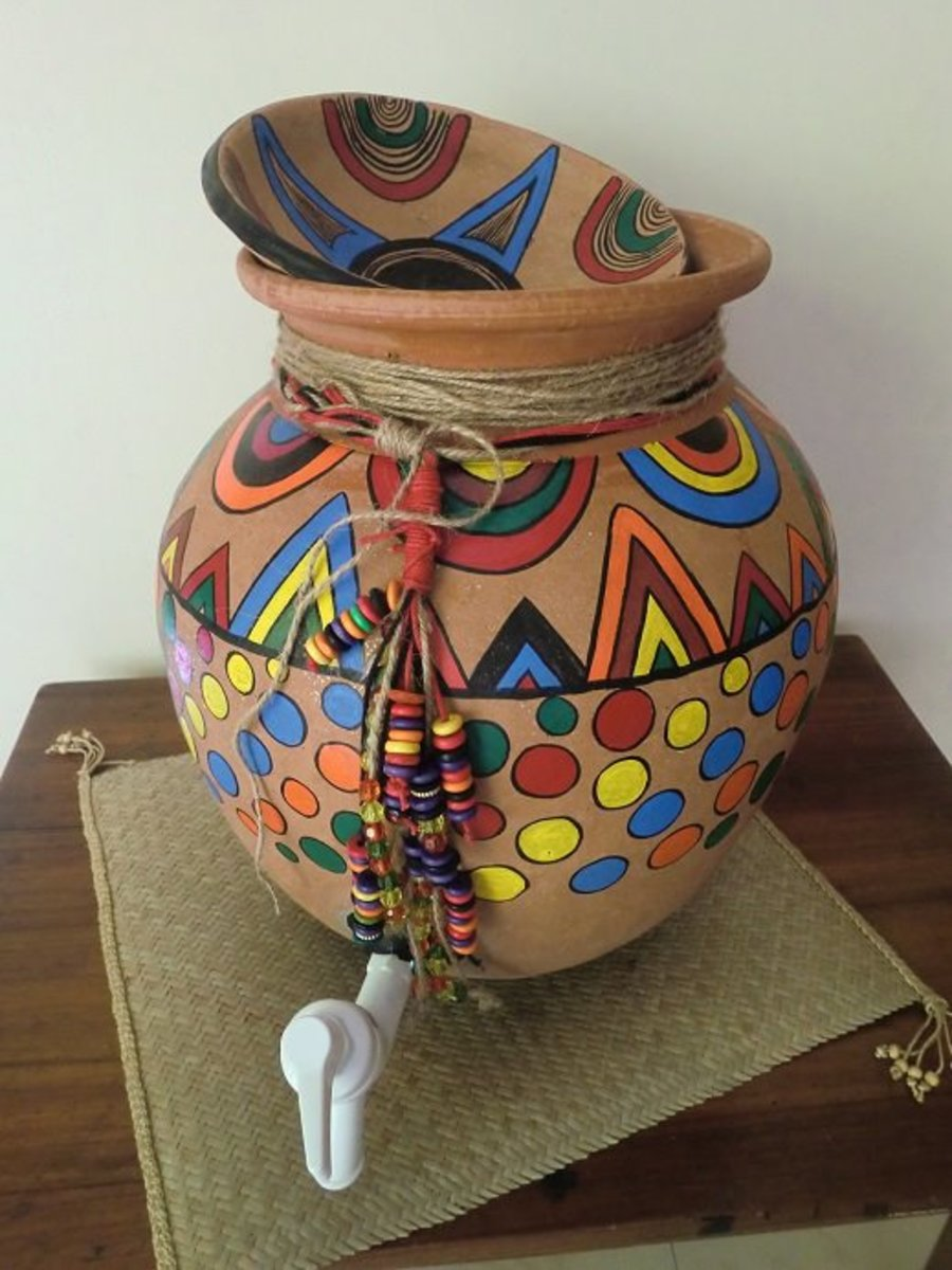 Hand-painted Clay-pot Water Dispenser