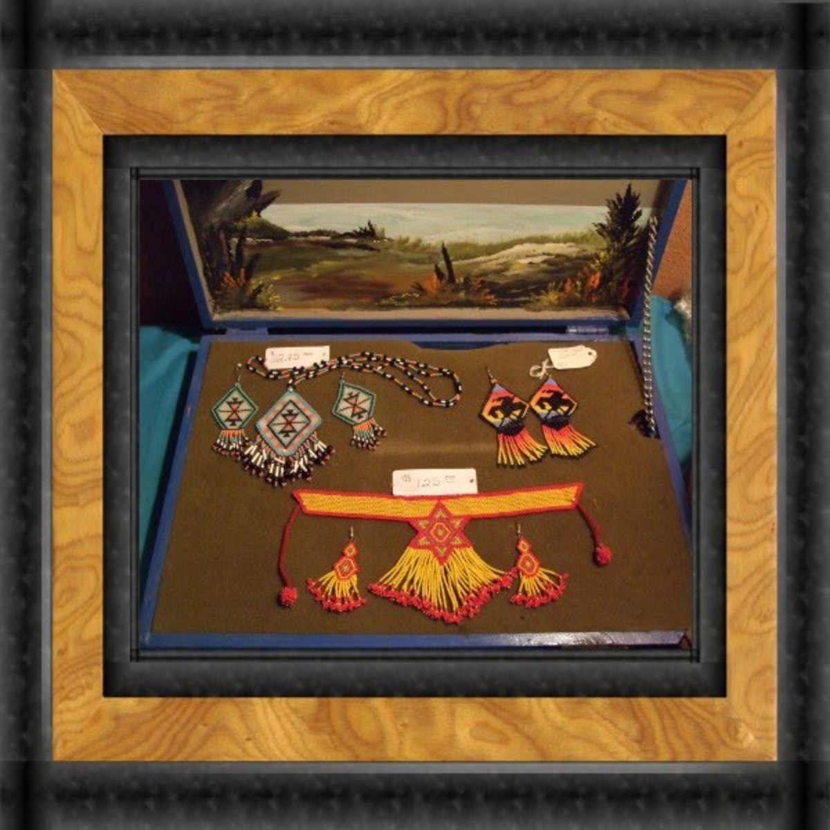 A few Regalia Choker sets by Annlee Cakes