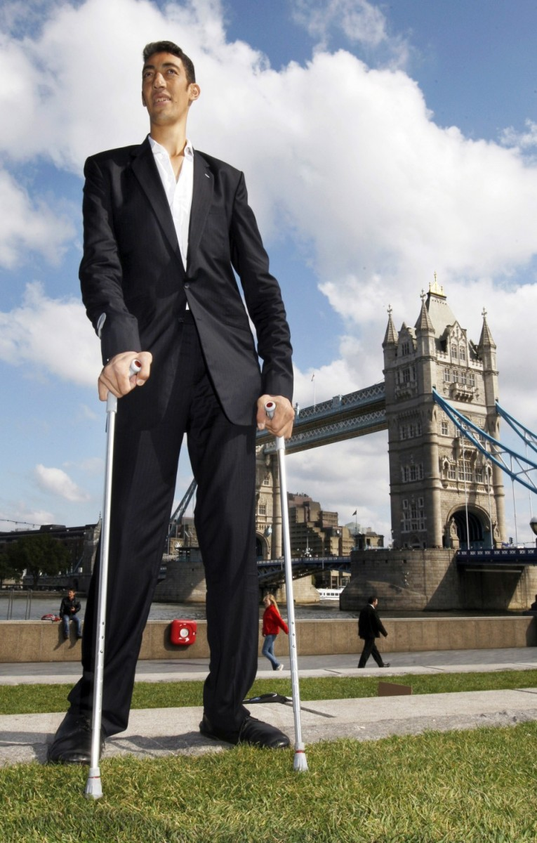 Sultan Kosen Worlds Tallest Man from Turkey