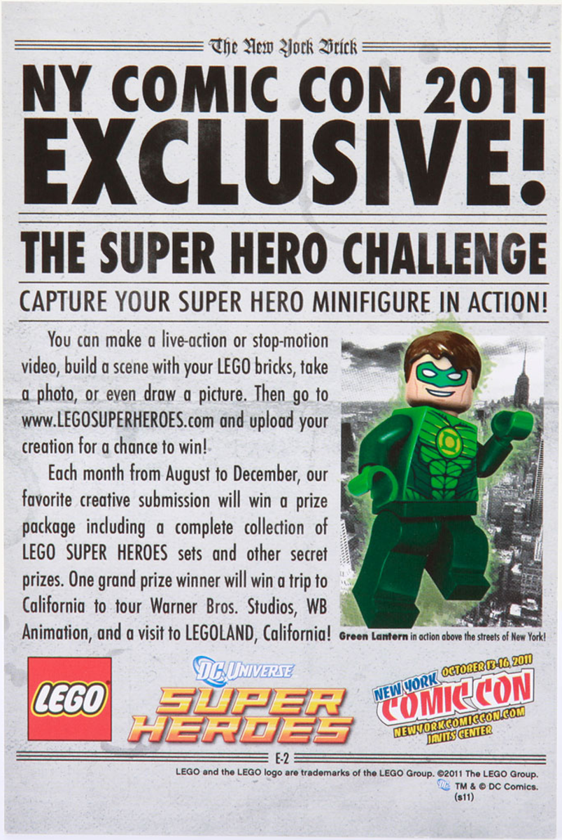LEGO Green Lantern Newspaper Back New York Comic Con 2011