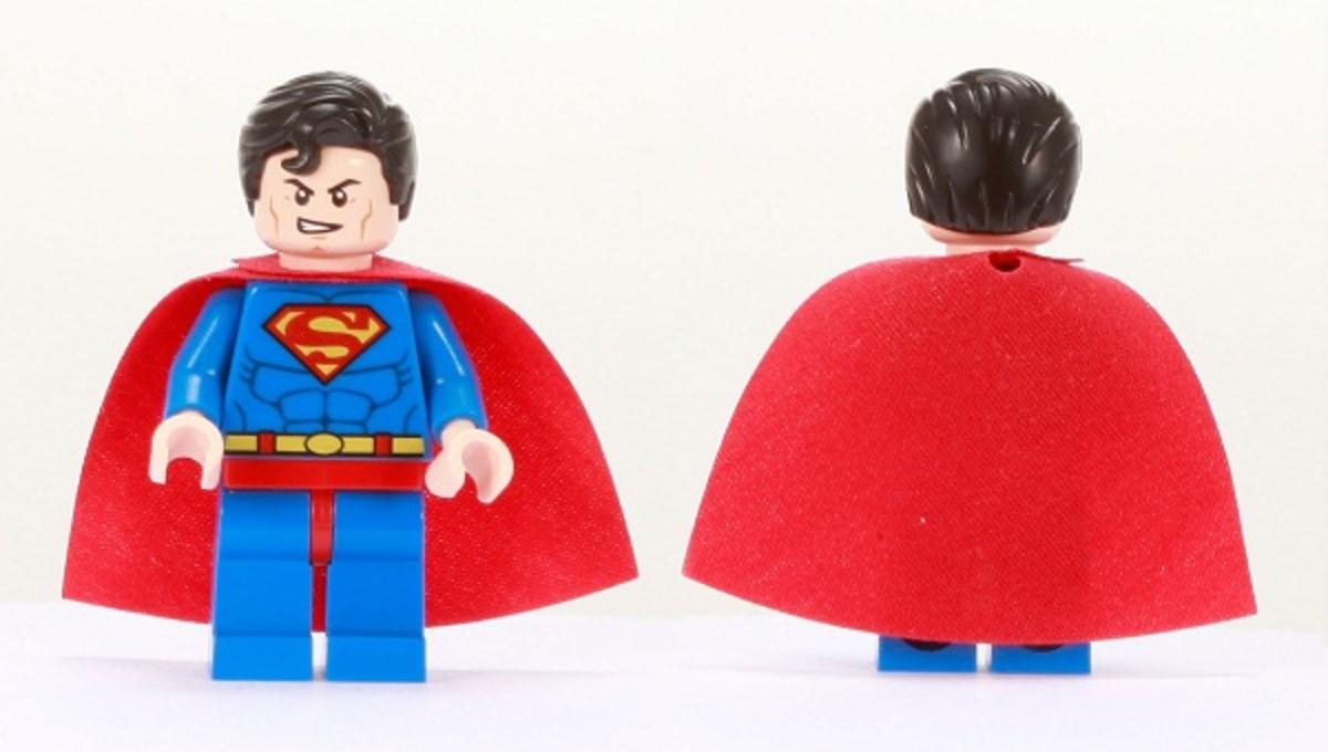 LEGO Superman Minifigure Comic Con 2011