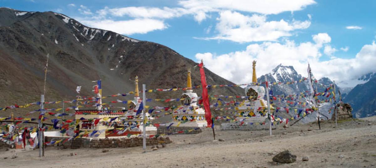 Kunzum La Stupas
