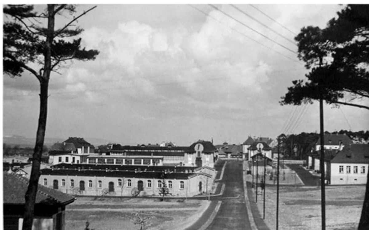Before the barbed wire: The complex in a pre-war photograph.