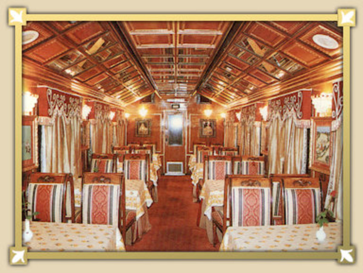 The Maharaja Restaurant At Palace On Wheels