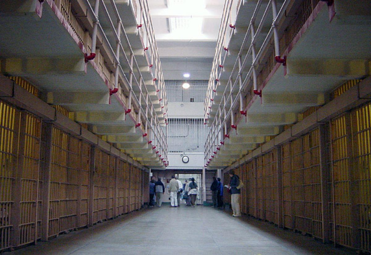 5 Famous Prisoners Who Haunt Alcatraz