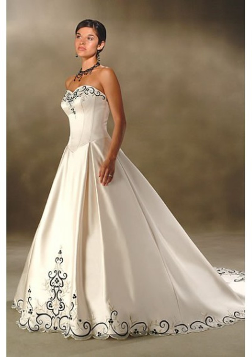 Ball Gown Dress with strapless neckline www.weddingdressonlineshop.co.uk