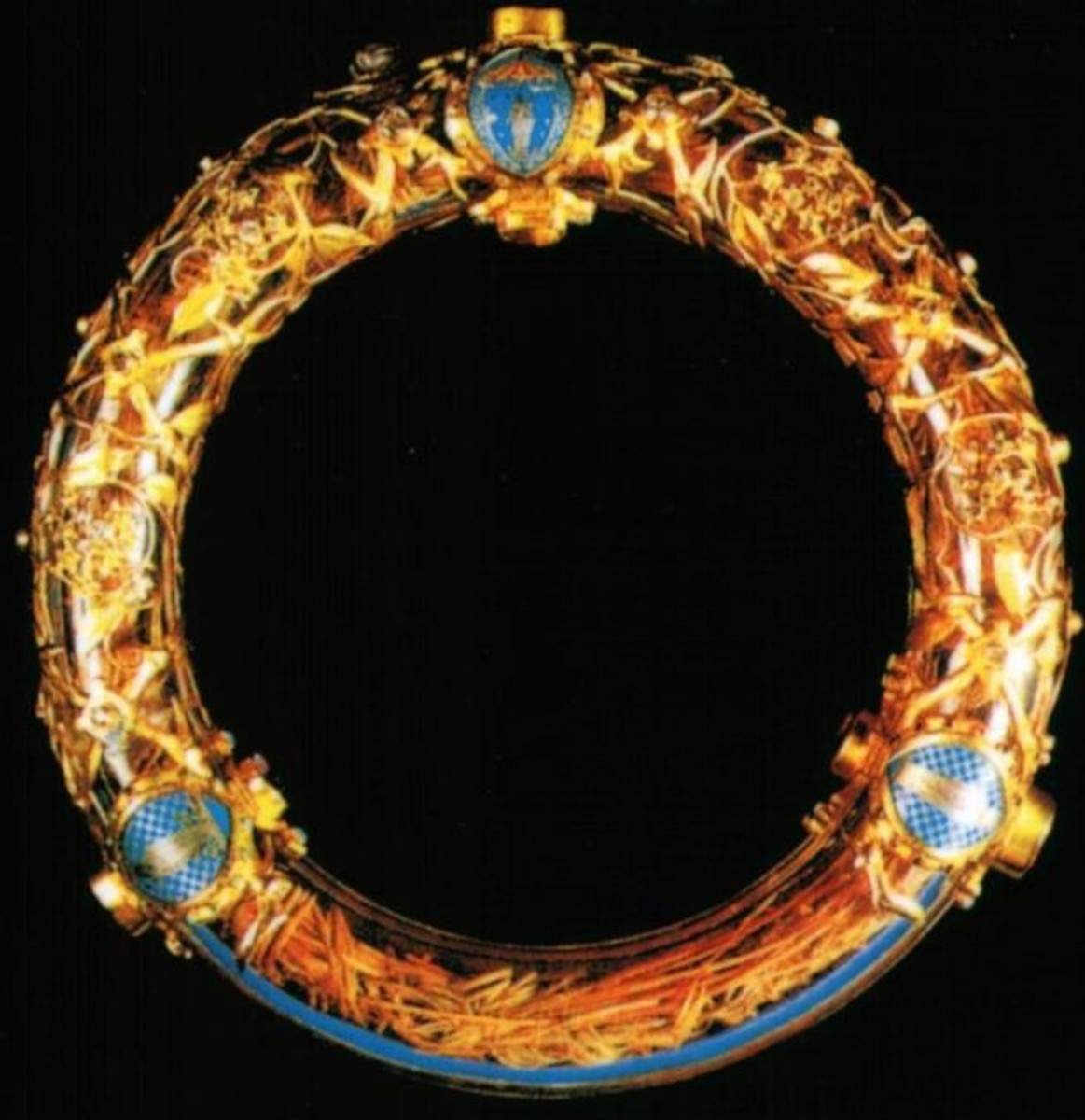 Is the Crown of Thorns Real? Sacred Relic Saved From Tragic Notre Dame Fire