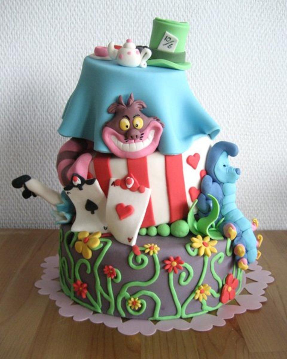 Alice in Wonderland Birthday Cake Ideas