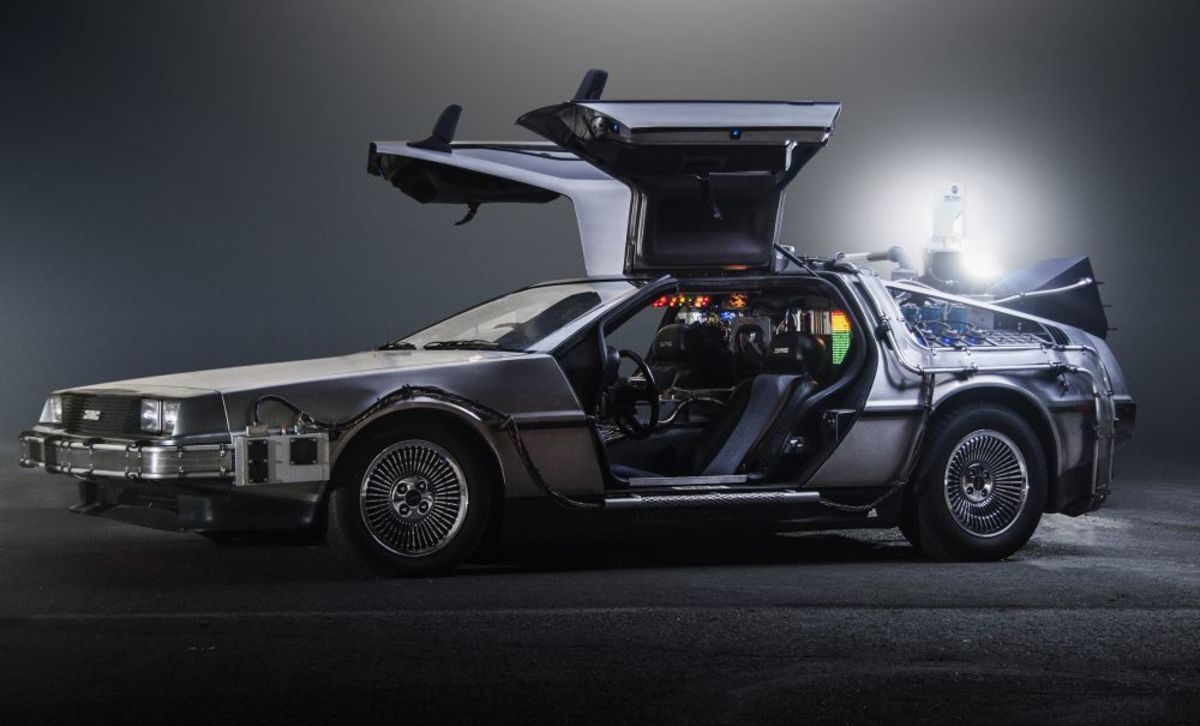 DeLorean DMC-12 Time Machine