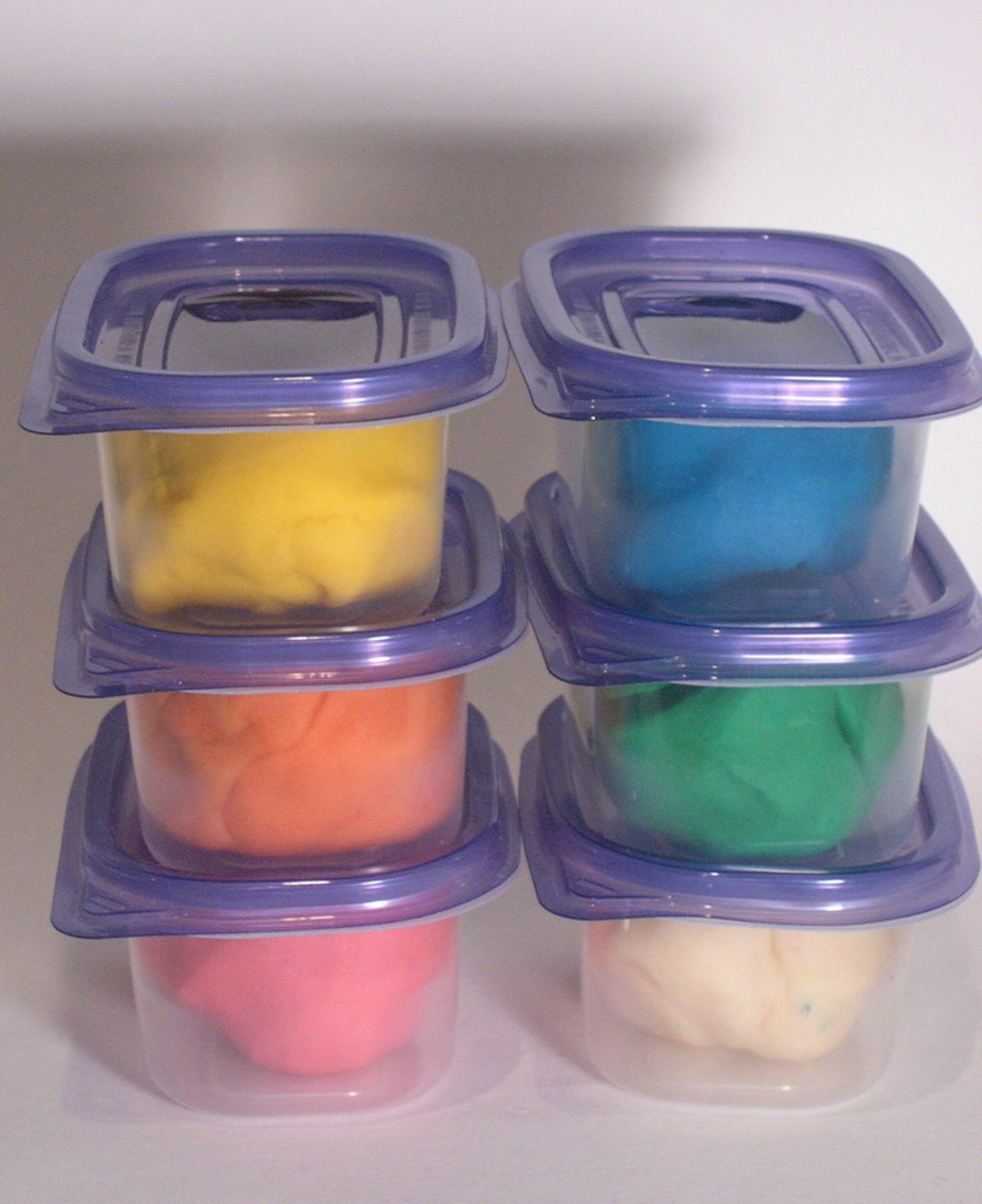 Basic Craft Recipes - Homemade DIY Playdough Play Dough, Glue & Paste