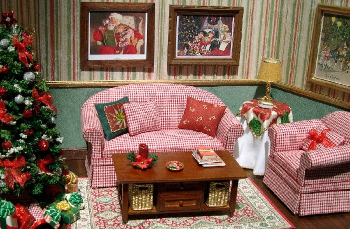 Dollhouse furniture and furnishes made using basic mini furniture tools.