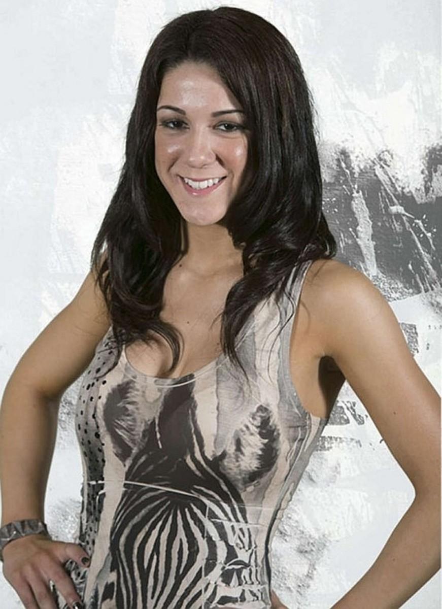 Luchadora aka Davina Rose aka Bayley