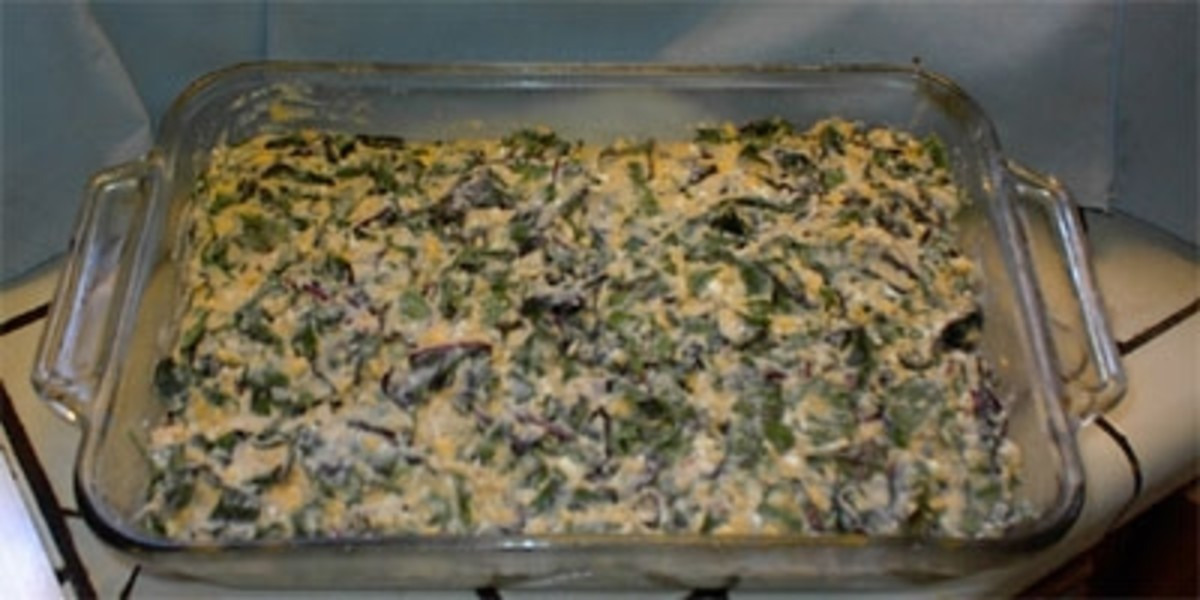 Now turn the mixture into the baking dish and spread it evenly.