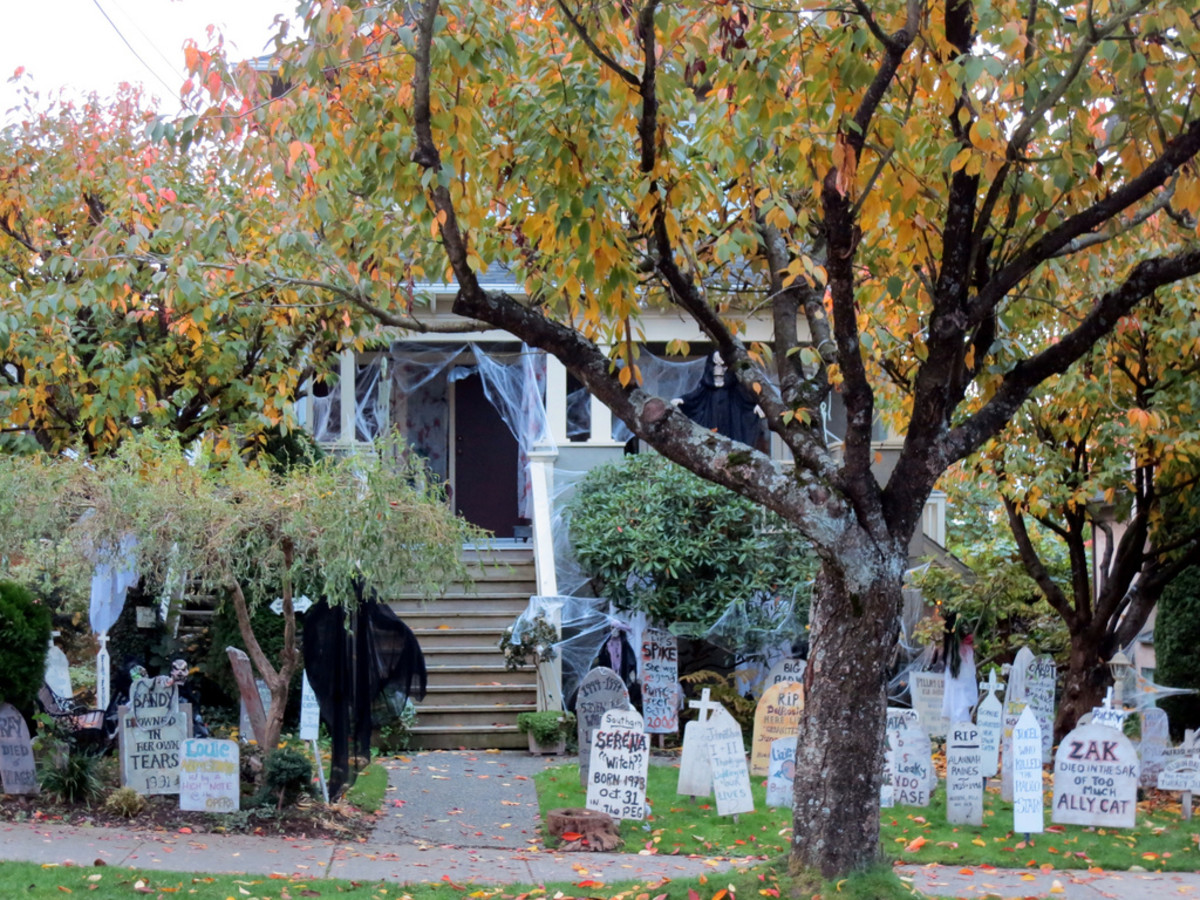 How To Build Your Own Halloween Graveyard | HubPages