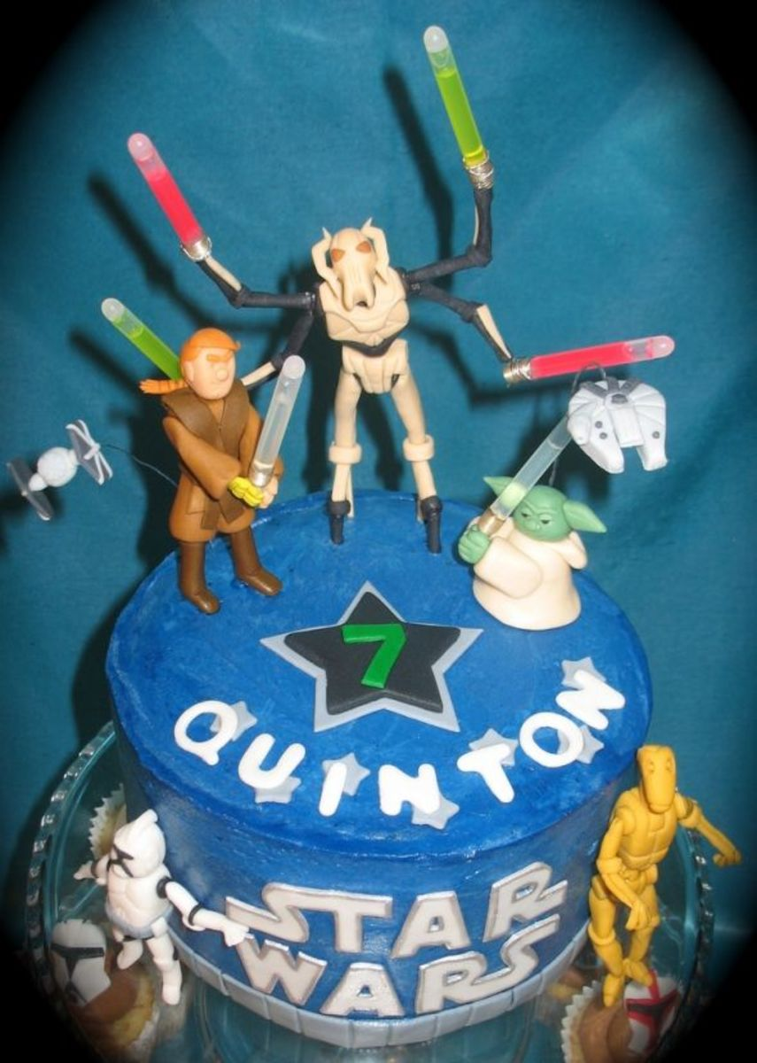 Top of the cake - check out Yoda!