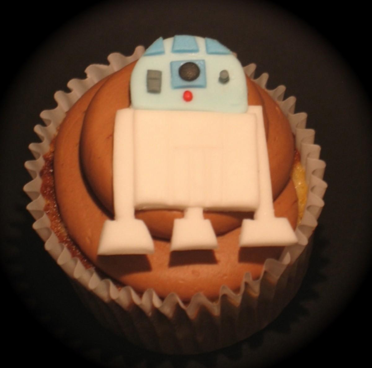 Best R2-D2 Cupcake