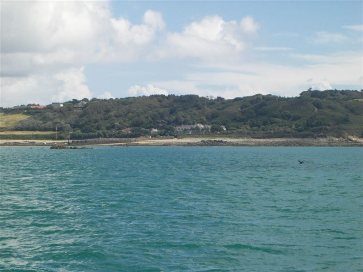 the-car-free-channel-island-of-herm