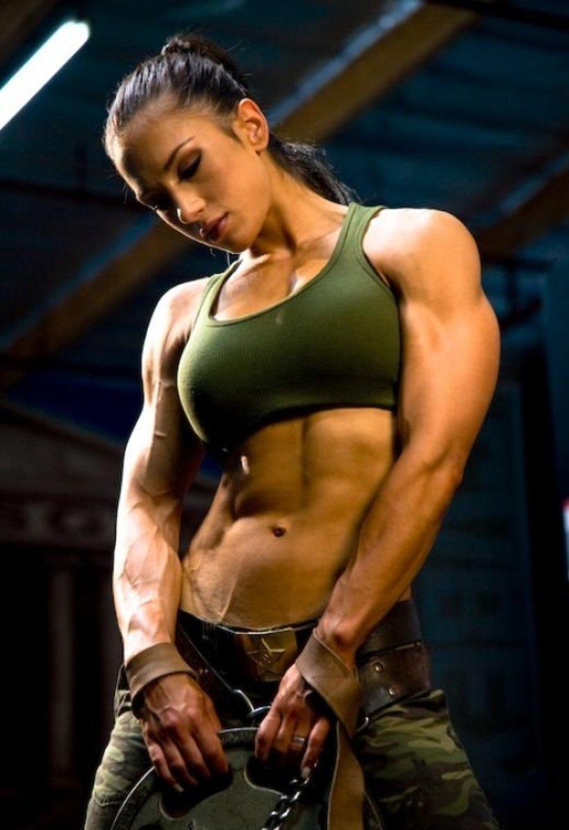 Female fitness model and female fitness trainer Pauline Nordin