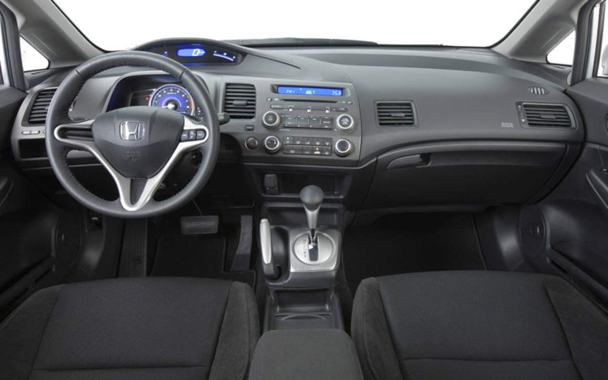 Top 10: Best Car Interiors for 2009 (15-25k)