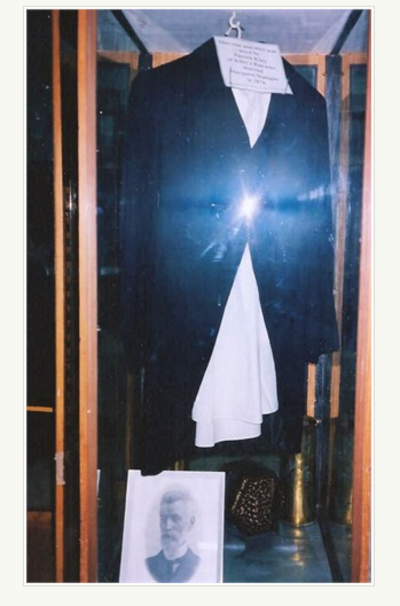 Pat Kiley's coat and shirt held in Gundagai Museum, along with a photo of the man himself