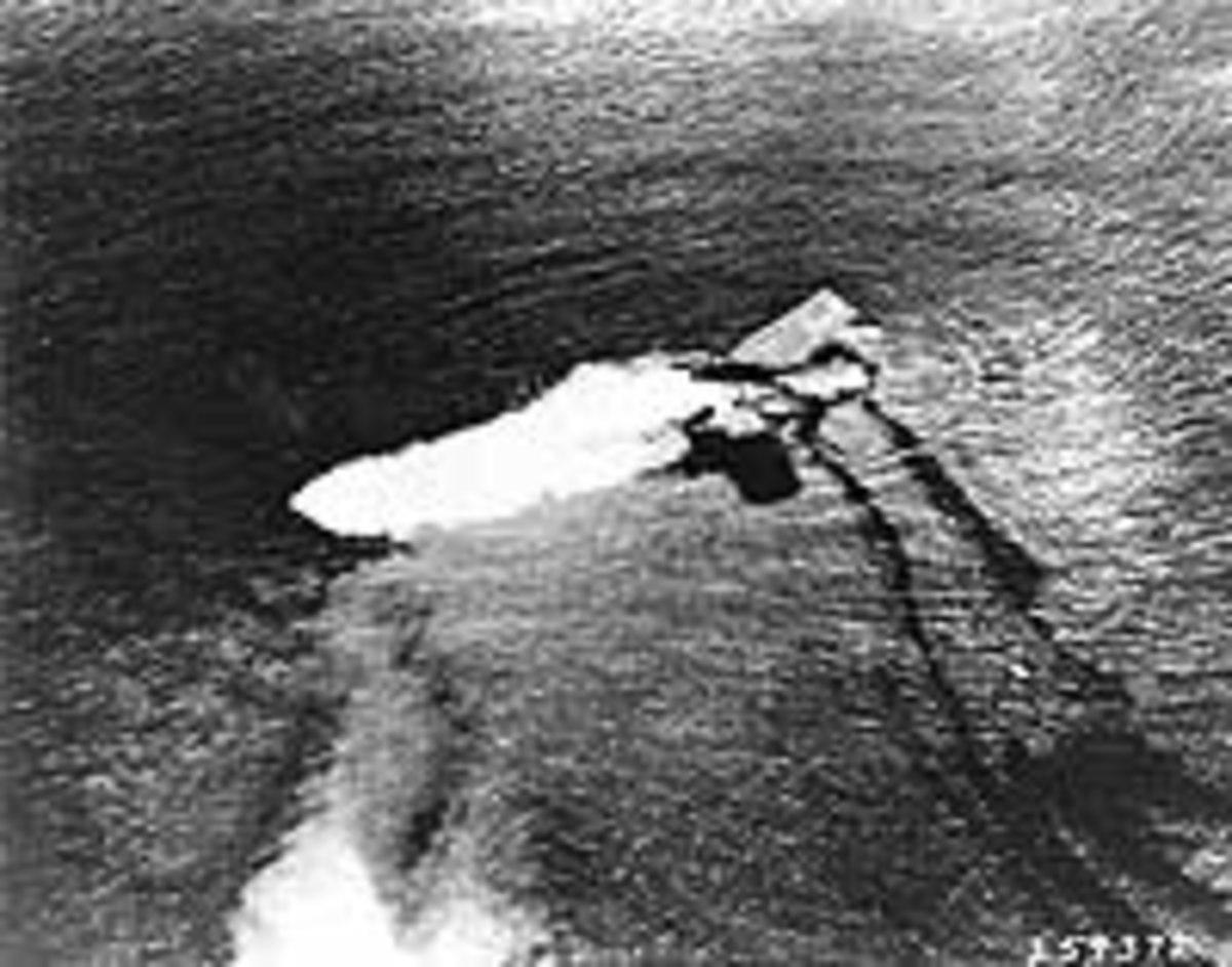USS Saratoga sinking