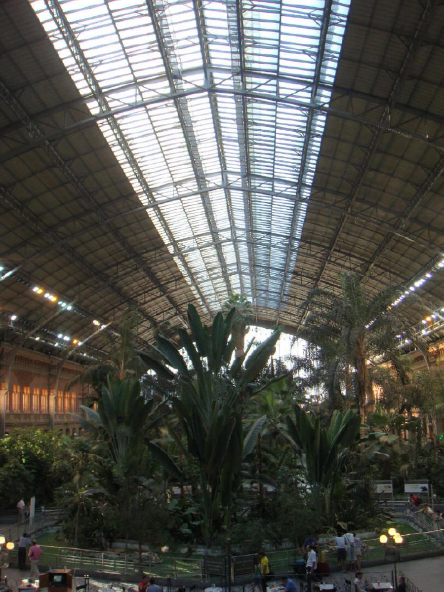 madrid-atocha-train-station-greenhouse