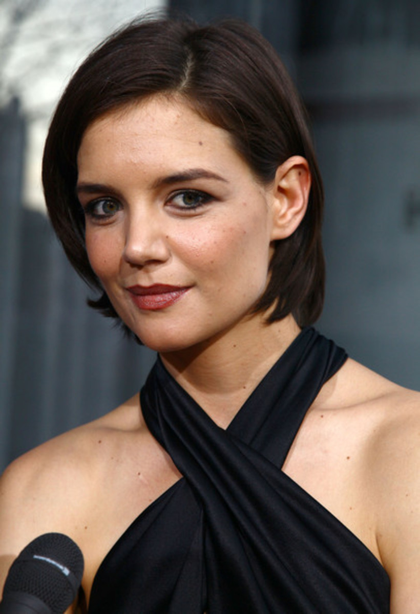 2015 inverted bob haircuts  for round faces