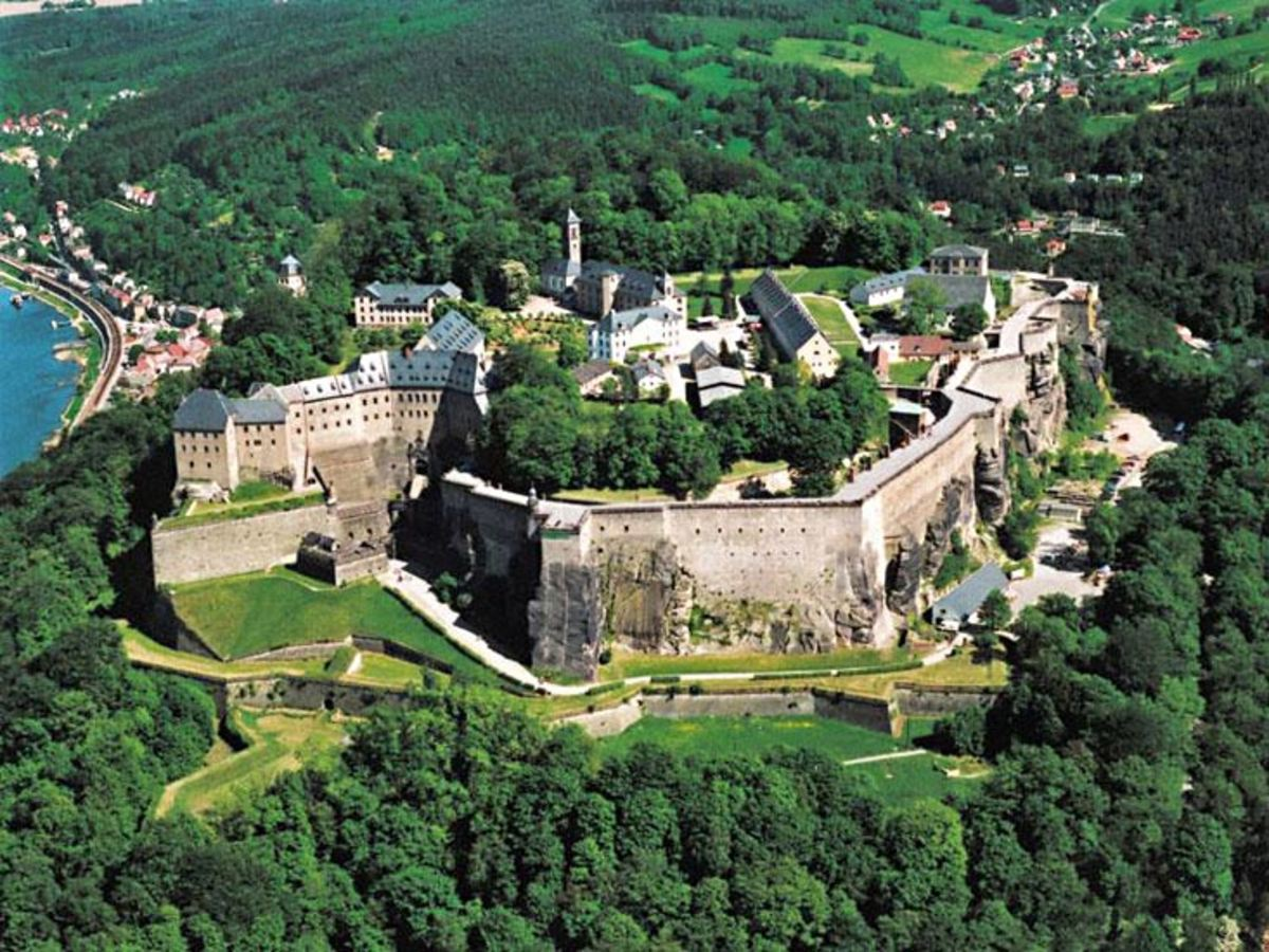 Top 10 Largest Castles in Germany