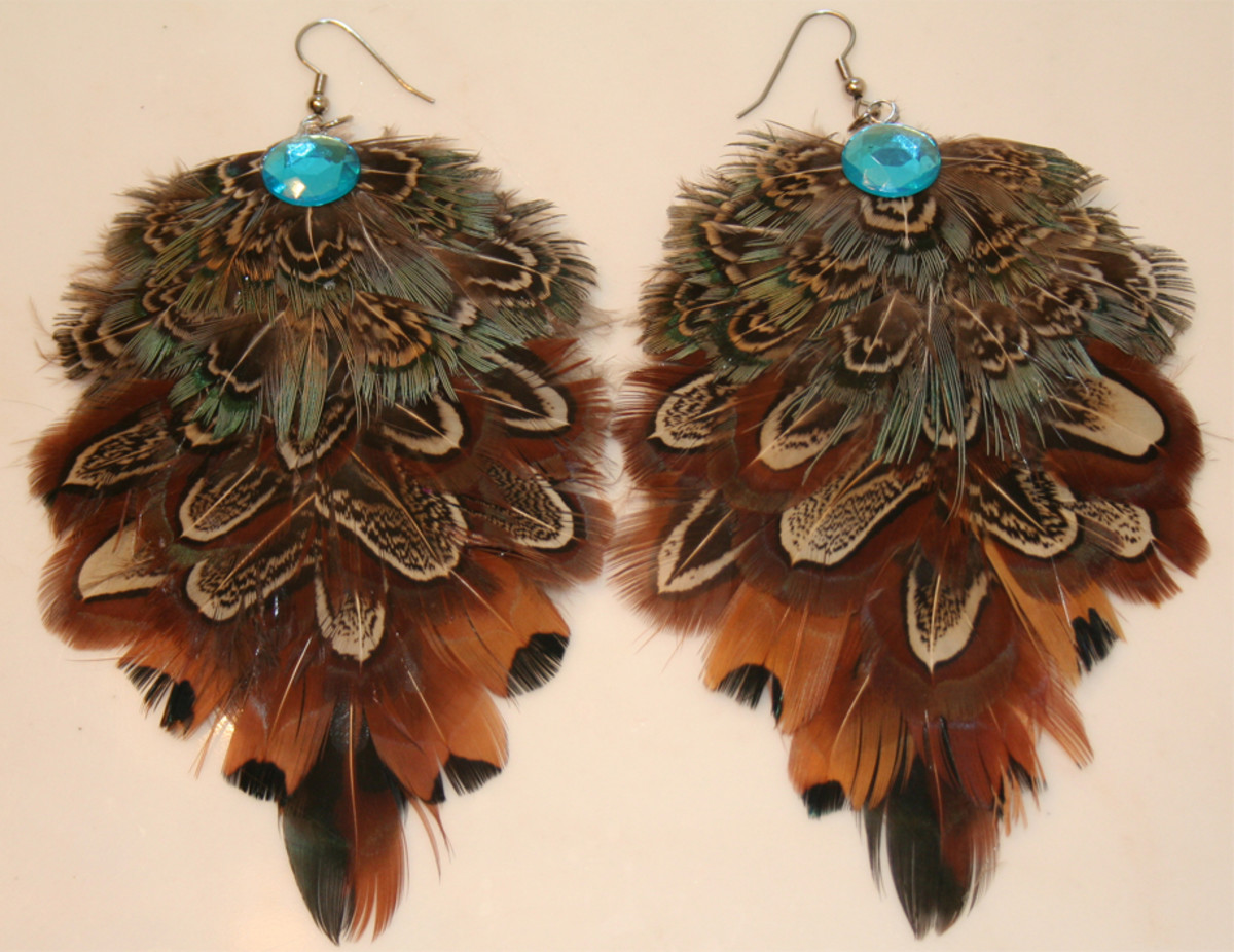 Ideas to Make Your Own Feather Earrings - Brown and Turquoise