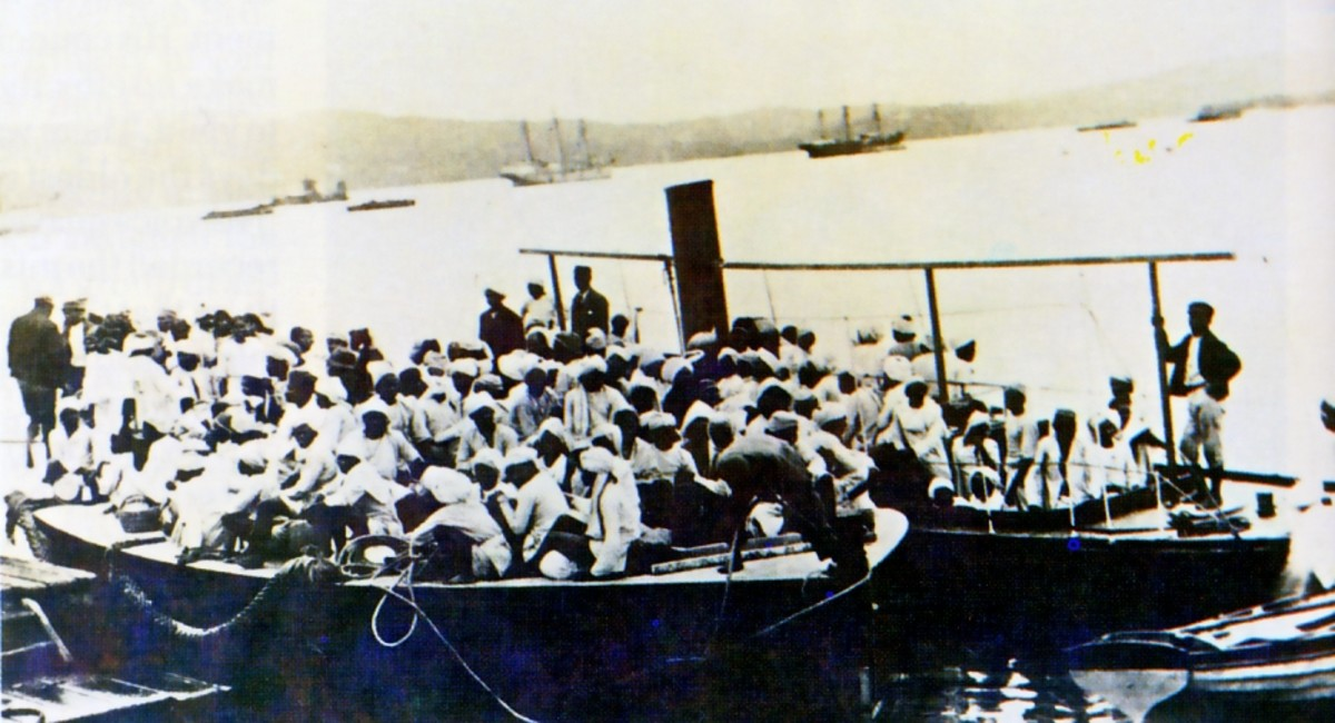 """""""Coolies"""" coming ashore in Durban"""