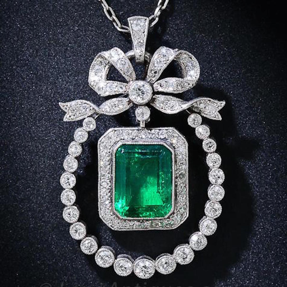 Edwardian Diamond And Emerald Pendant Necklace