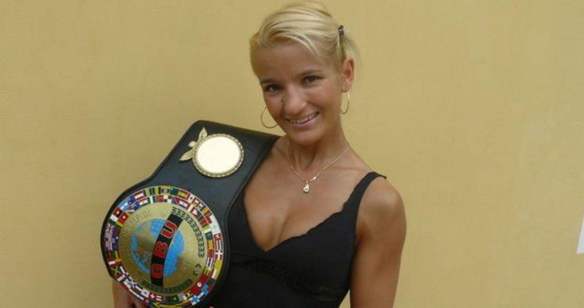 Krisztina Belinszky (27-7-2)