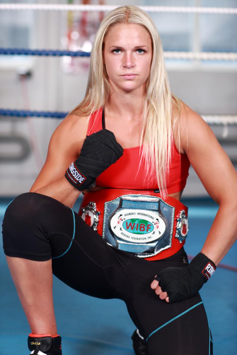 Frida Wallberg - Female Boxing