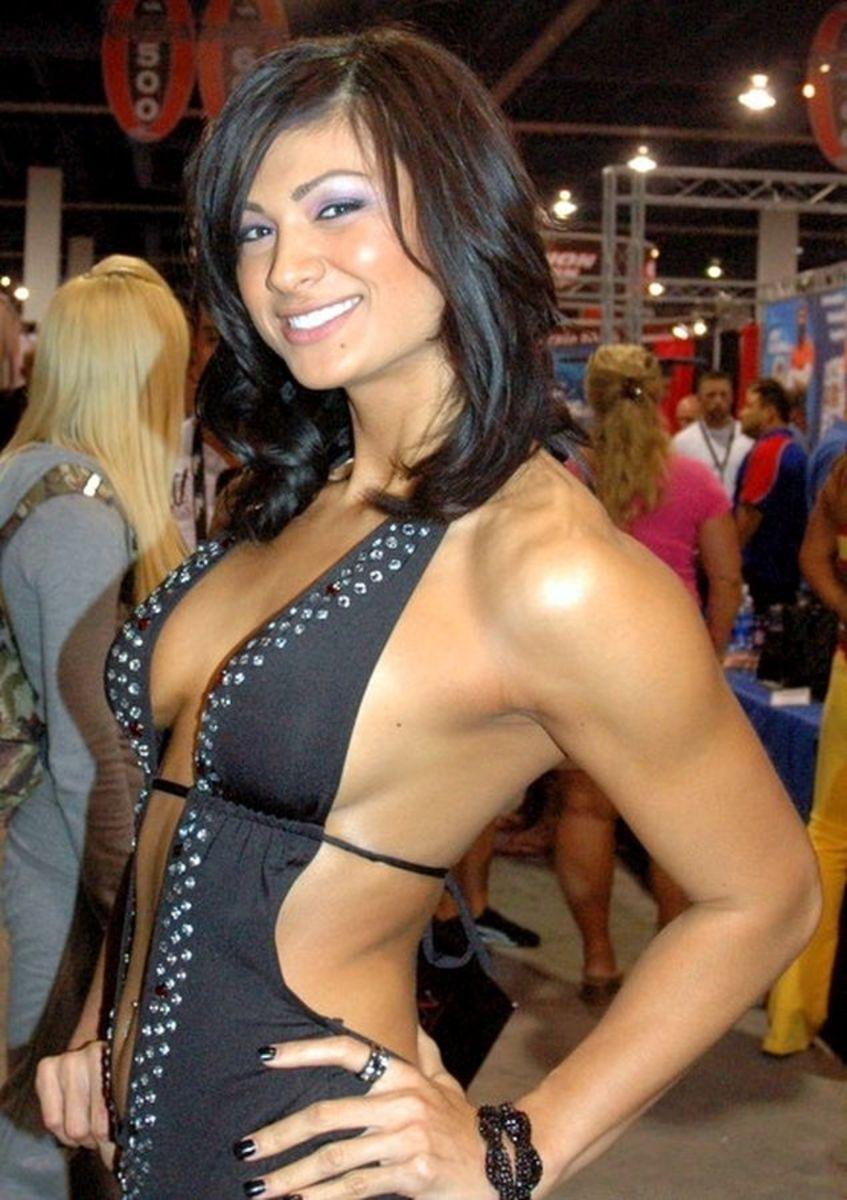 IFBB Pro Monique Minton (Monique Minton Ricardo)