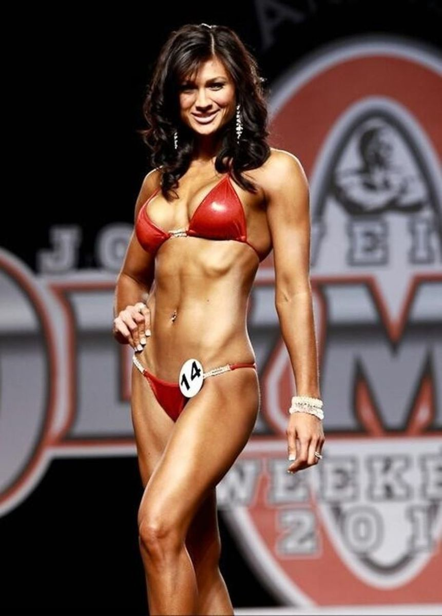 Monique Minton Ricardo competing in the IFBB