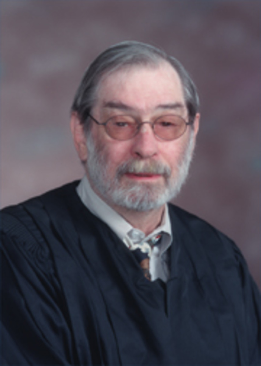 Jerry G. Elliott (November 25, 1936  April 5, 2010) - cancer deaths