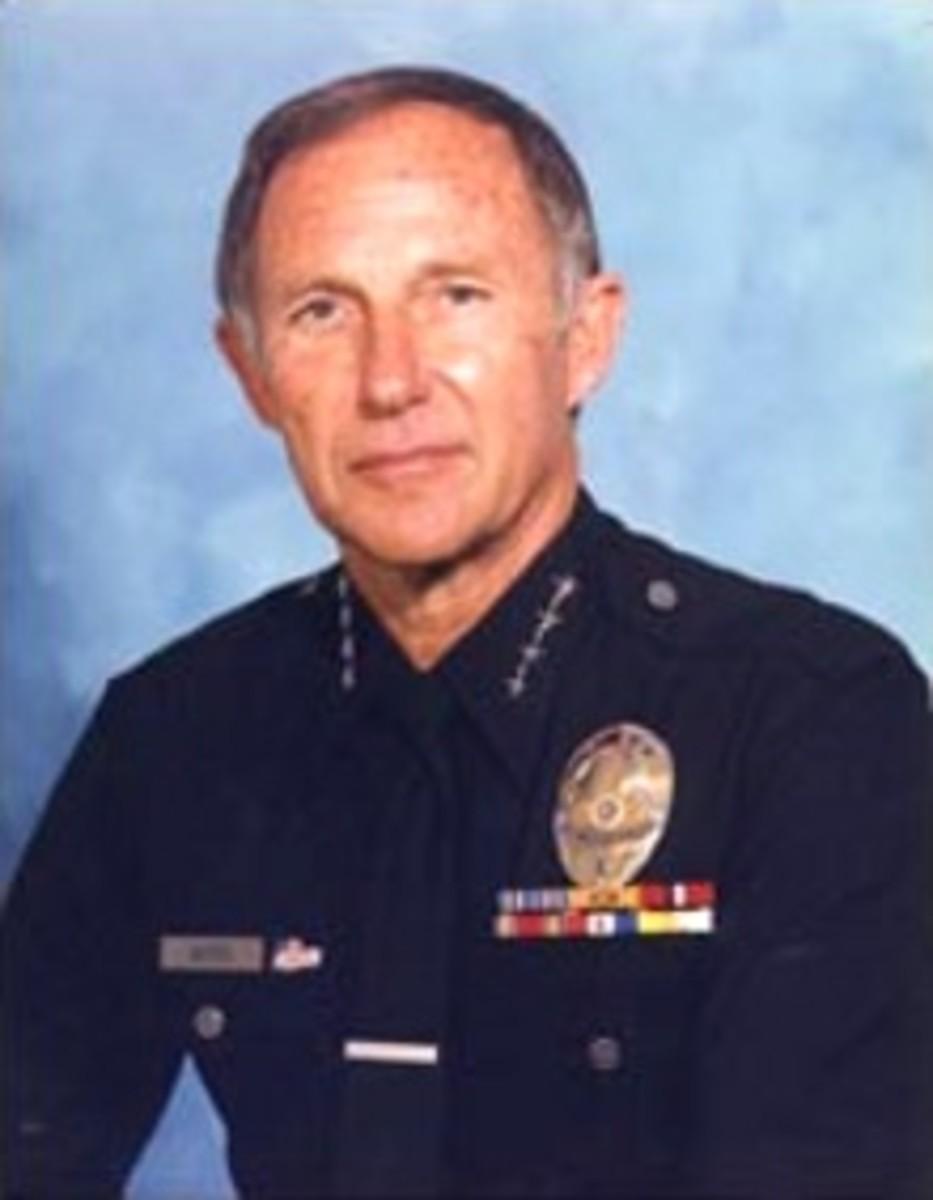 Daryl Gates (born Darrel[3] Francis Gates, August 30, 1926  April 16, 2010) - cancer deaths