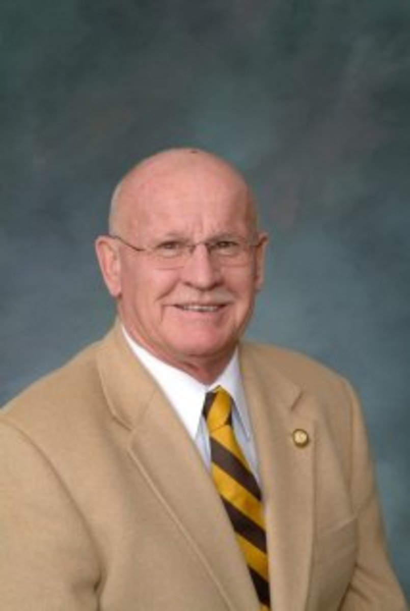 Thomas Edmund Walsh, Sr., known as Tom Walsh (October 31, 1942January 1, 2010) - cancer deaths
