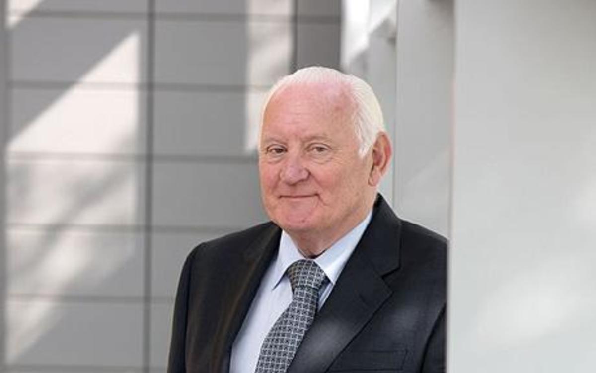 Sir Allen McClay, CBE (21 March 1932  12 January 2010) - cancer deaths