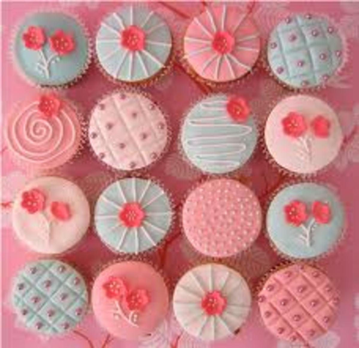 PRETTY GIRLY CUPCAKES
