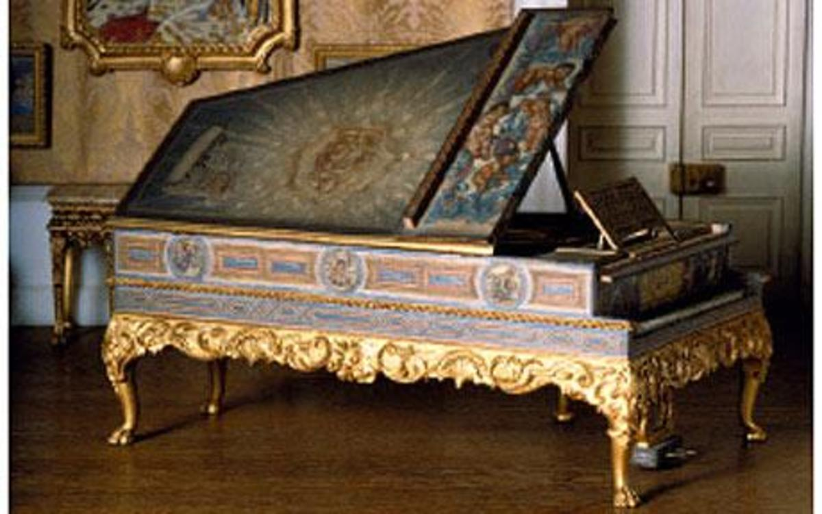 This exquisite decorative grand piano is just one of many beautiful objects to be found within the dollhouse.