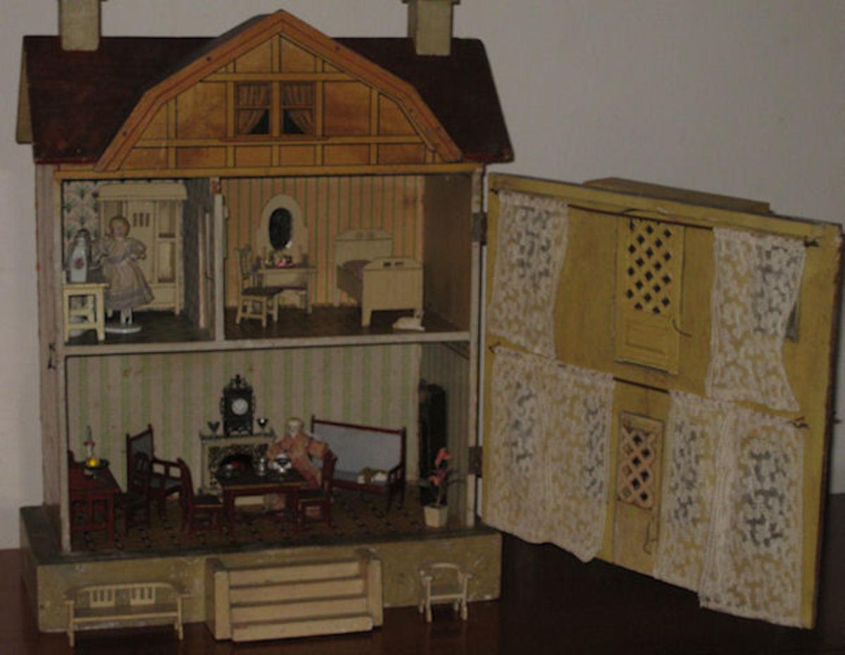 Quaint interior of an antique German Dollhouse